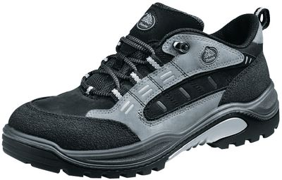Safety low shoes BATA TRAXX 95,40